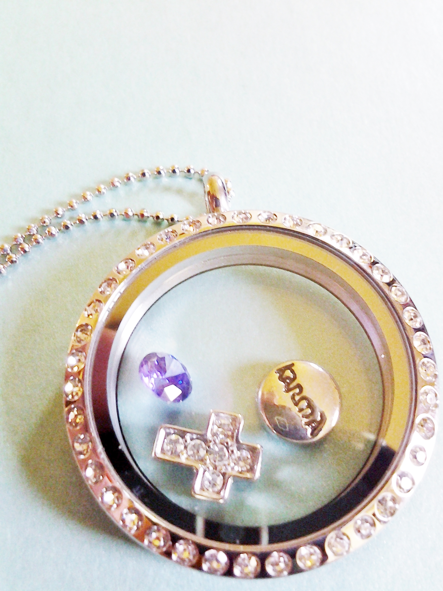 Origami Owl Living Locket Review Emily Reviews