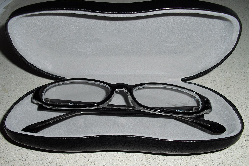eyeglass factory outlet review emily reviews