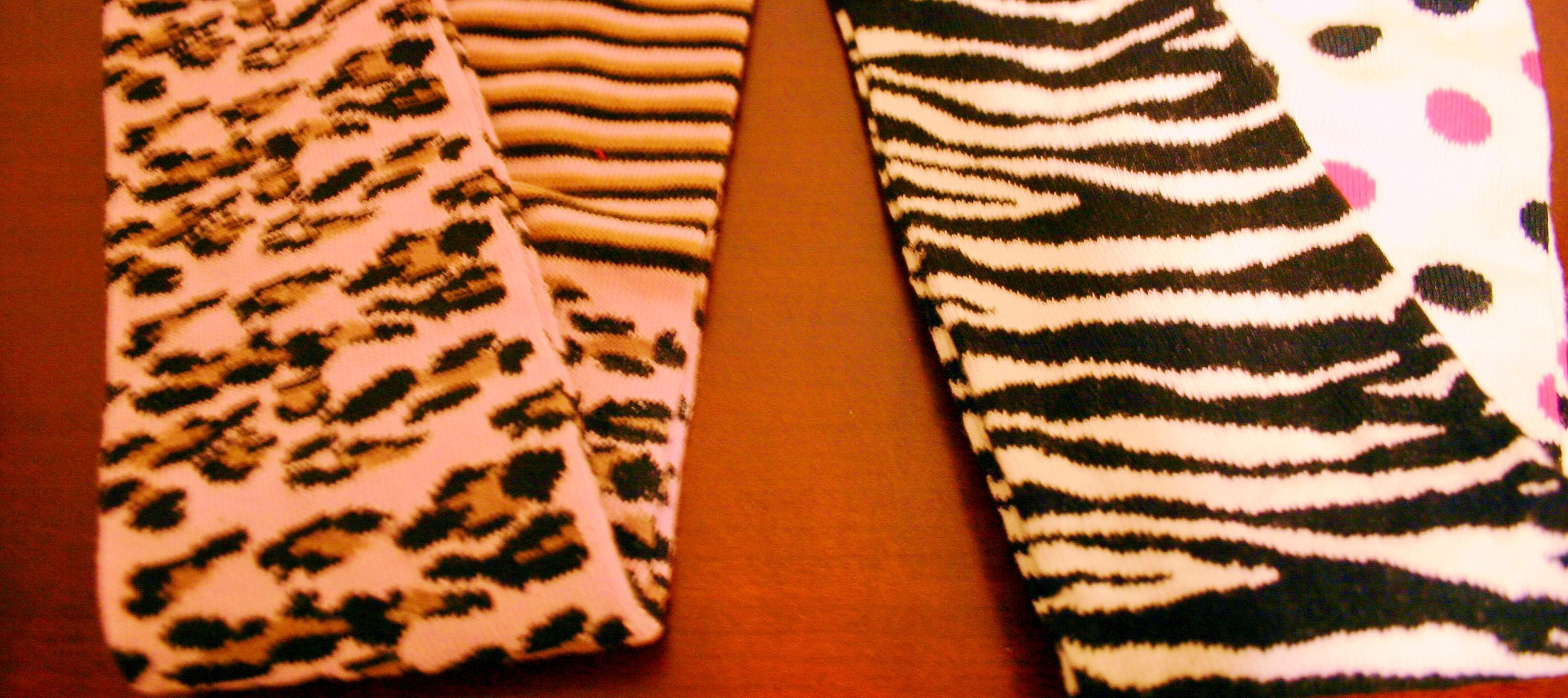 Jefferies Socks Little Girls  Mega Dot Tights