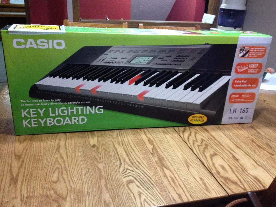 casio lk 165 lighted keyboard review giveaway gift idea for all music lovers us 11 28. Black Bedroom Furniture Sets. Home Design Ideas