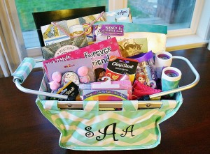 Easter basket gift idea personalized mini market tote review img3023 img3017 negle Choice Image