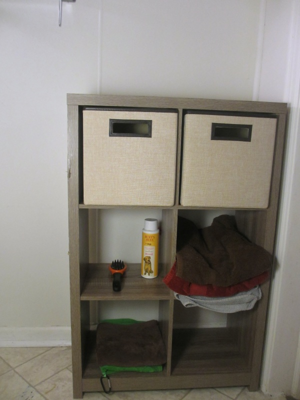 Closetmaid towel storage solution small bathrooms