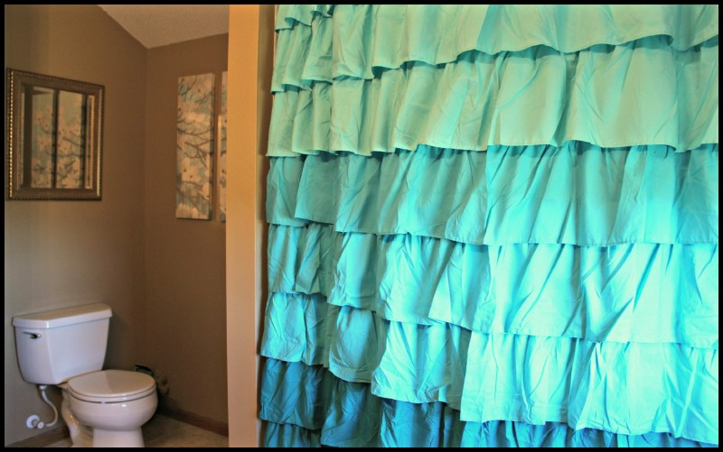 Bathroom Makeover With Glidden Grab N Go Paint