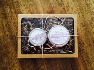 Tin cup moisturizing gift set