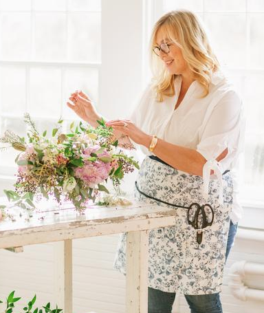 Virginia Dare Dress Company Maker Half Apron - Our Maker Apron is a modern way to do your best work without having your outfit suffer.