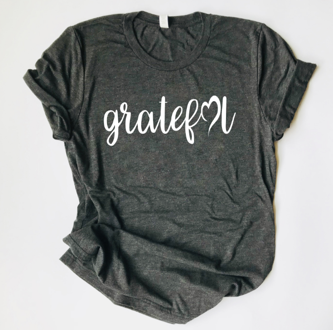 "Saylor Design Co. ""GRATEFUL HEART"" TRIBLEND T SHIRT"