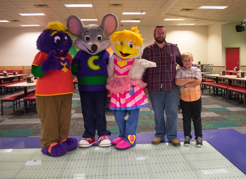 Why We Love The Newly Remodeled Chuck E Cheese S In