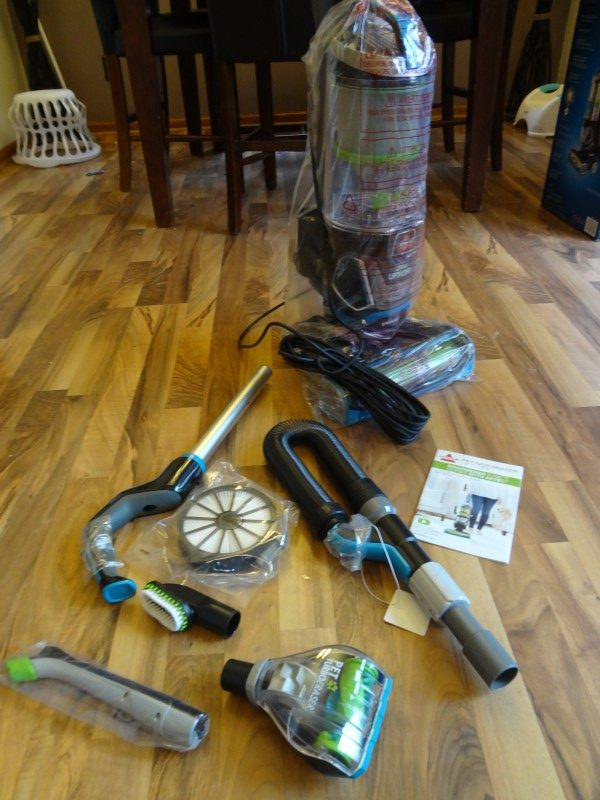 bissell pet hair eraser lift off upright vacuum review