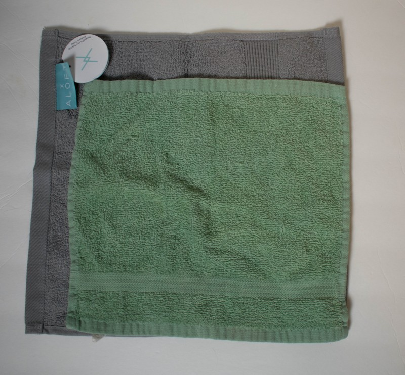 Miracle Brand wash cloth size