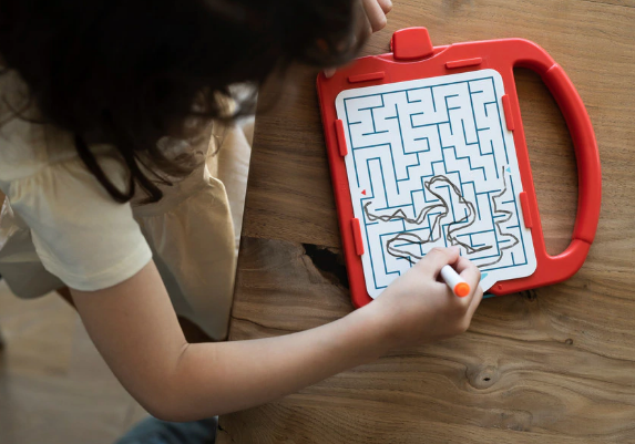 Chuckle & Roar Mega Maze - Portable Travel Mazes