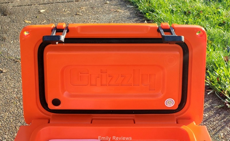 Camping, Hunting, Fishing, Hiking, Picnic, Hard-sided Cooler, Ice Chest