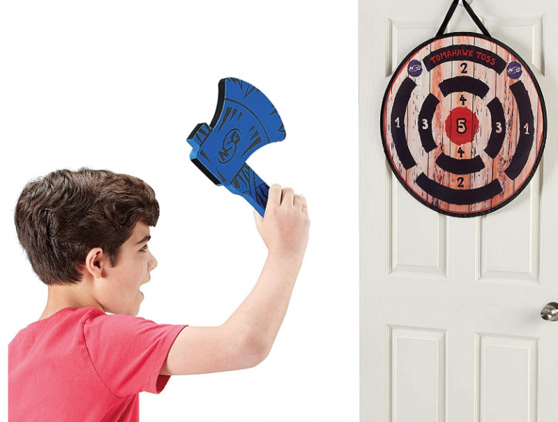 NSG Tomahawk Toss - Axe Throwing Set Wood/Black/Red/Blue
