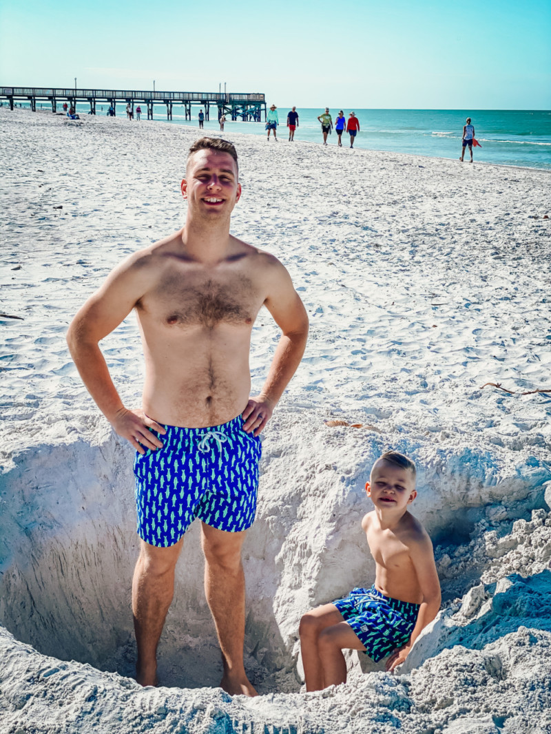 tom & teddy beach