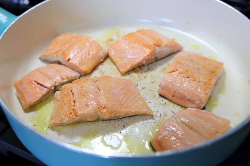 tuscan salmon recipe