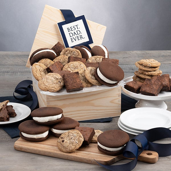 Gourmet gift basket for father's day